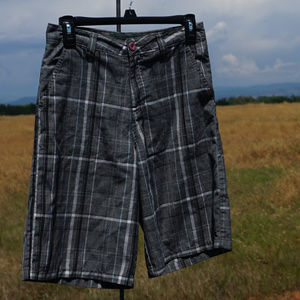 Nice men's O'Neill walking shorts size 28 VGUC